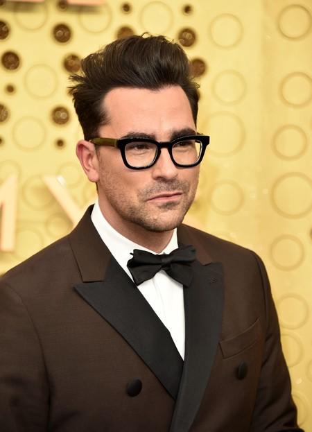 Dan Levy Emmy Awards Red Carpet Alfombra Roja Trendencias Hombre 2
