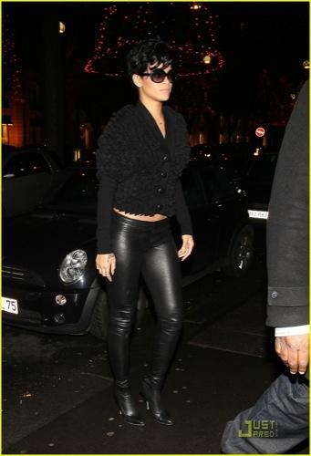 El peor look de Rihanna