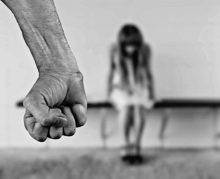 Qué es el spouseware y por qué se está usando en casos de violencia de género