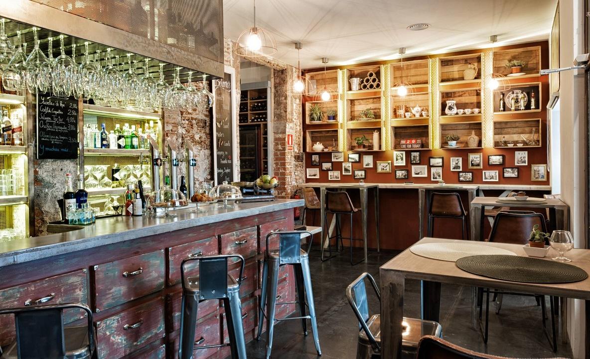 Hache restaurante ambiente vintage a ritmo de jazz frente for Restaurante jardines de sabatini