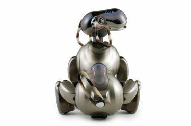 AIBO ERS-7M3, el perro de Sony habla español