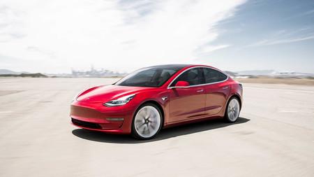 """Analizan el Tesla Model 3: """"Si Elon no formara parte del proceso de producción, estarían haciendo una montaña de dinero"""""""
