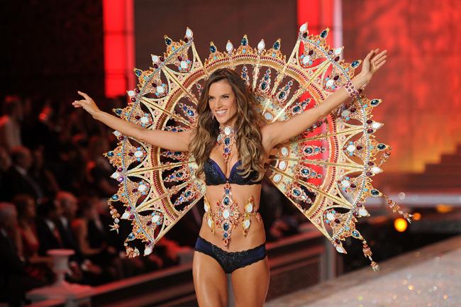Foto de El desfile Victoria's Secret Fashion 2011: todas las imágenes (52/57)