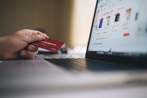 Comprar en internet: guía para hacer compras online de forma segura