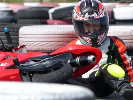 Casco Rojo Escuela Motociclismo 3