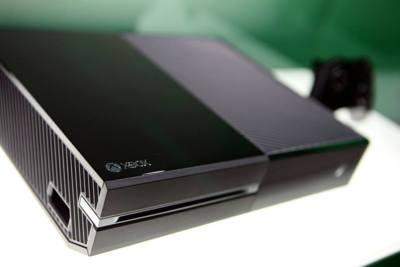 La Xbox One vende un 84% más durante febrero en EEUU, pero pierde su liderazgo ante la PS4
