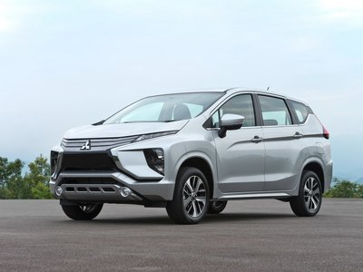El Mitsubishi Xpander, rival del Toyota Avanza, a detalle en 23 fotos y un video