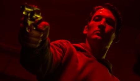 Cannes 2019: Nicolas Winding Refn sigue rehaciendo 'Drive' en 'Too Old To Die Young', un festín para apasionados del noir