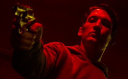 Cannes 2019: Nicolas Winding Refn sigue rehaciendo 'Drive' en 'Too Old To Die Young', un festín para apasionados del noir