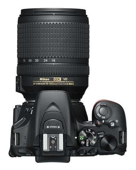 Nikon 02
