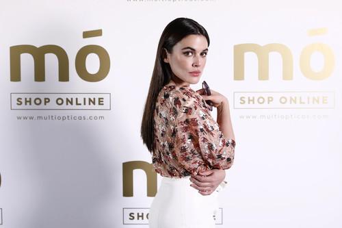 Adriana Ugarte vuelve a conquistar la alfombra roja acertando de pleno con este look sexy y arriesgado