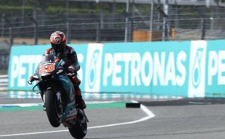 Fabio Quartararo aprovecha una caída de Marc Márquez para quedarse con la pole position en Tailandia