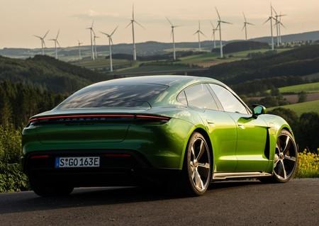 Porsche Taycan Turbo S 2020 1280 72