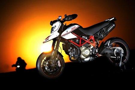 Ducati Hypermotard, gama 2011