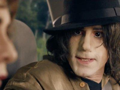 Joseph Fiennes es Michael Jackson en el extraño tráiler de 'Urban Myths'