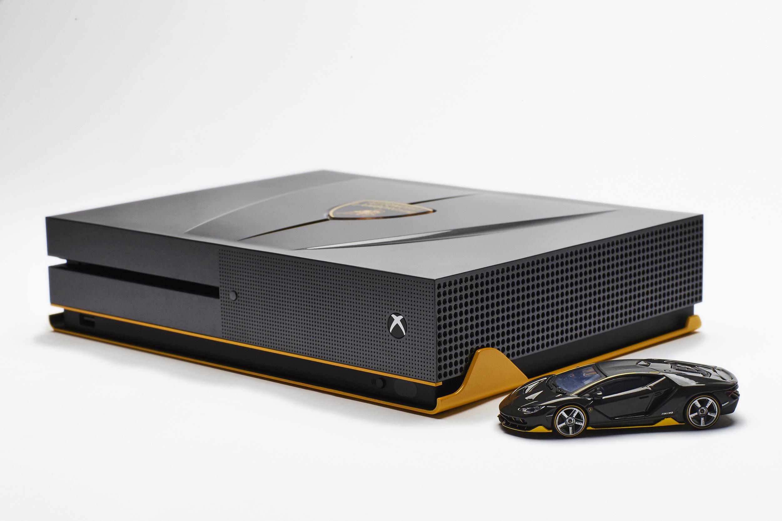 Foto de Xbox One S Lambborghini (1/8)