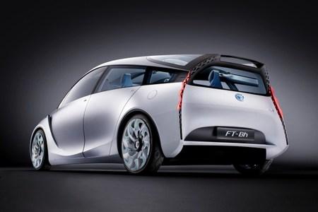 Toyota FT-Bh Trasera