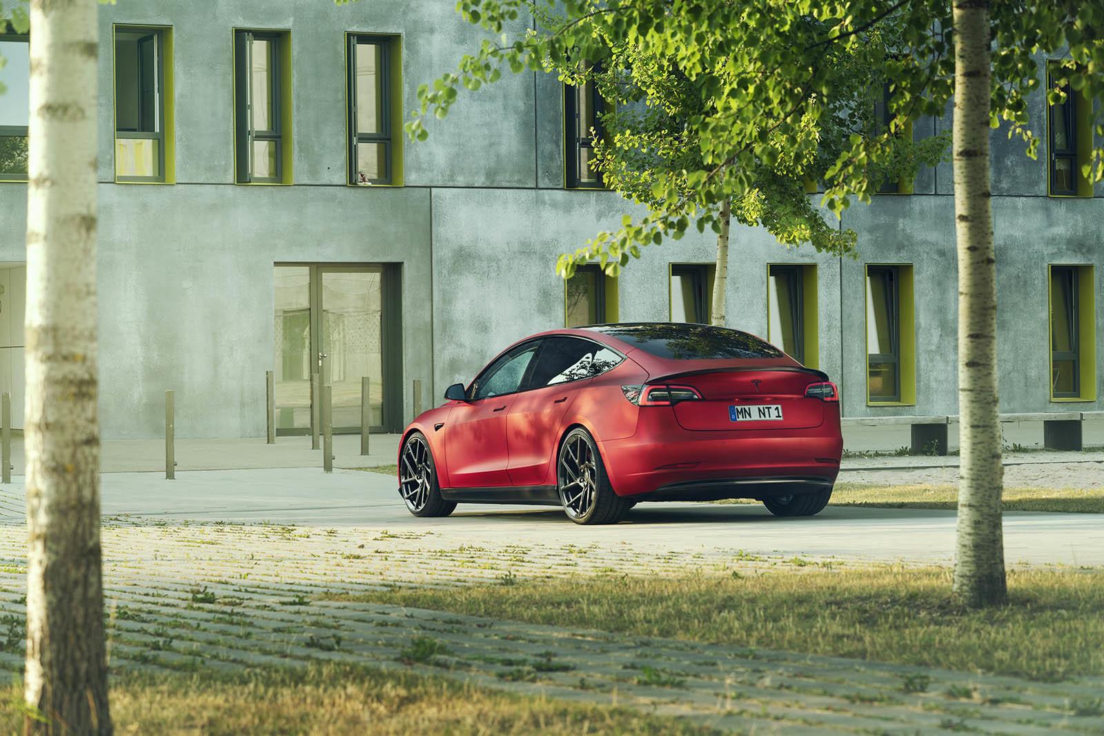 Foto de Novitec Tesla Model 3 (2/14)