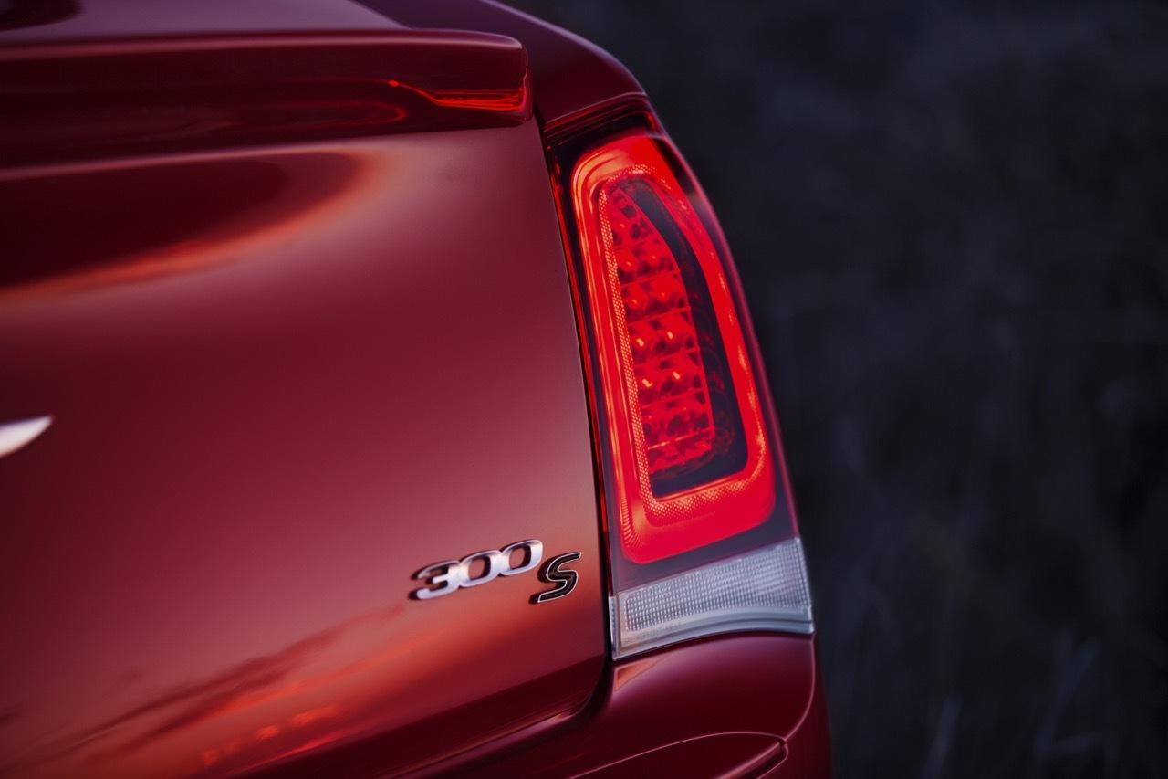 Foto de Chrysler 300 2015 (24/35)