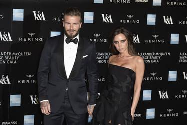 De Victoria Beckham a Kate Moss, las fieles de Alexander McQueen celebran la exposición en Londres