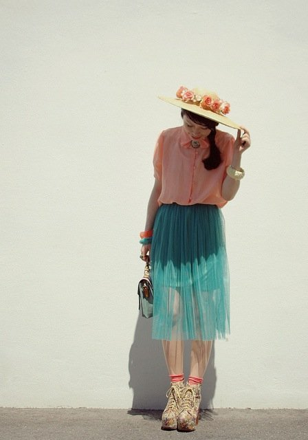 blogger pastel