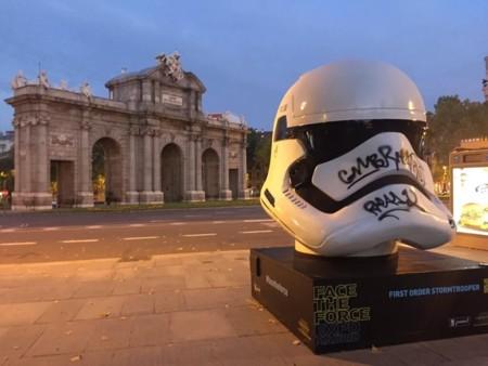 Los cascos de Star Wars invaden Madrid, la imagen de la semana