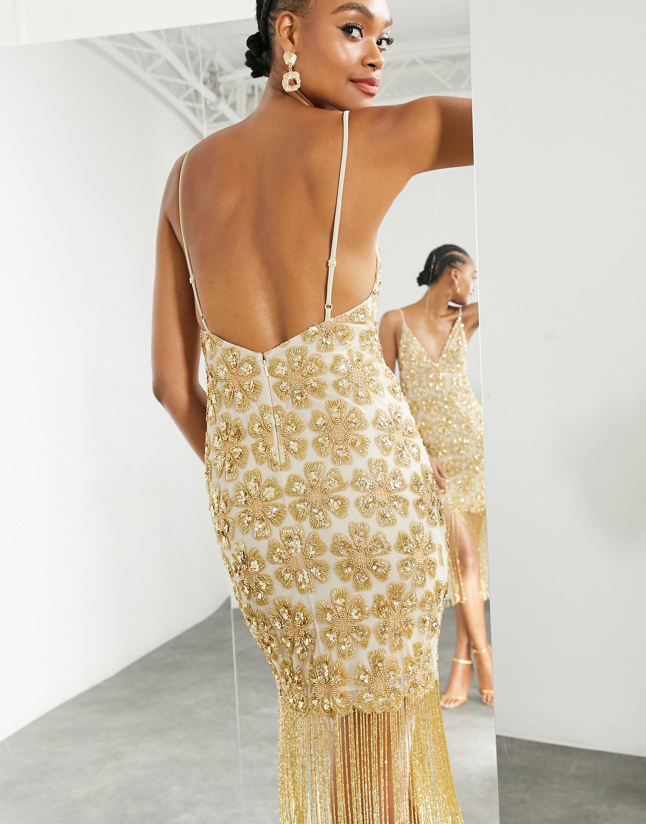 Vestido midi dorado de tirantes con estampado de flores, lentejuelas y flecos de Asos Edition