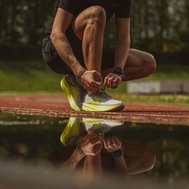 Zapatillas, pantalones, camisetas: salimos de compras en busca de la mejor ropa y equipo runner