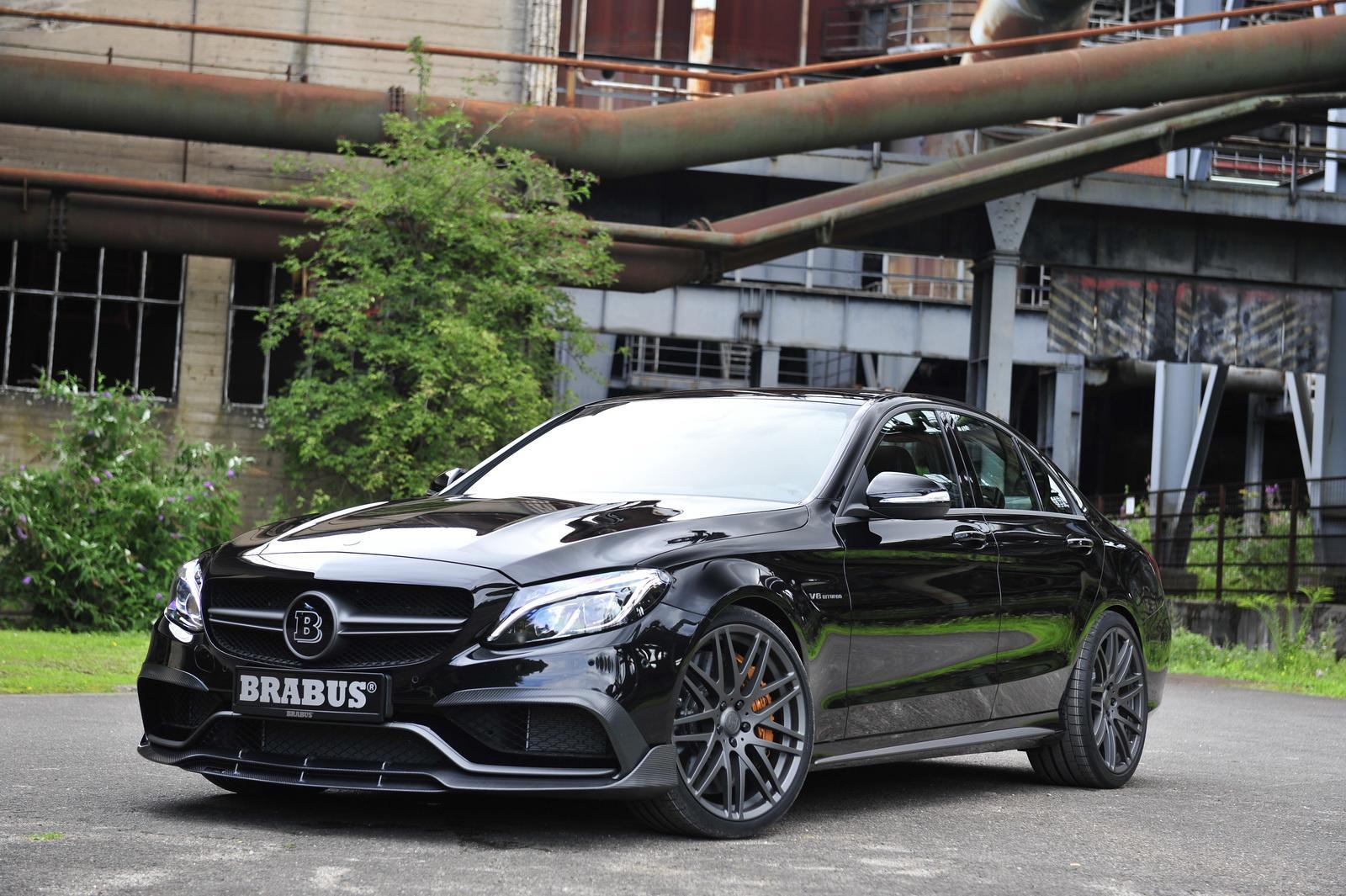 Foto de Brabus Mercedes-AMG C 63 S (1/27)