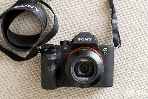 Sony A7R II, una cámara con lo último en tecnología pensada para profesionales