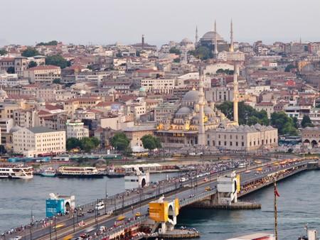 La autoridad religiosa turca avala el matrimonio de niñas de nueve años