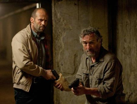 Jason Statham y Robert De Niro en Asesinos de élite