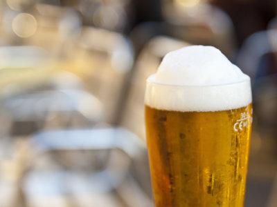 Así es como el alcohol interfiere en la recuperación de un deportista