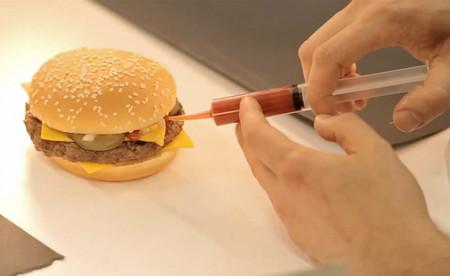 Hamburguesa en proceso de fotografía
