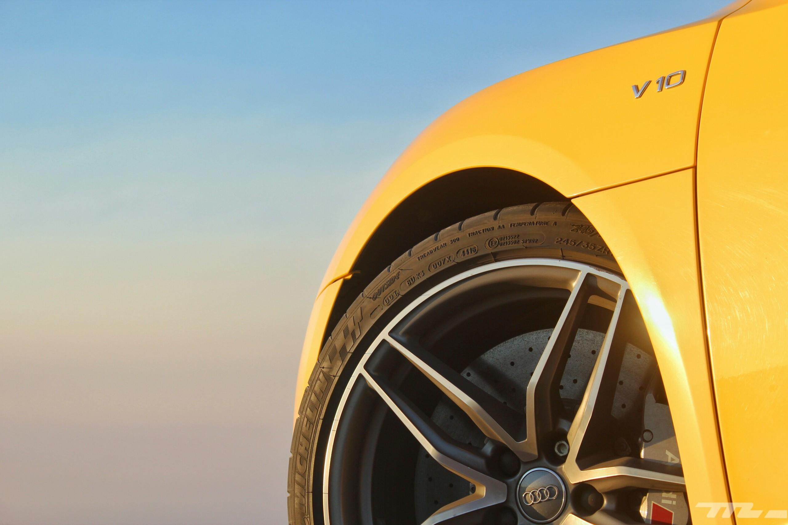 Foto de Audi R8 V10 Plus (33/36)