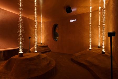 Un entorno interactivo en homenaje a la luz, así es el espacio de Simon en Casa Decor 2019