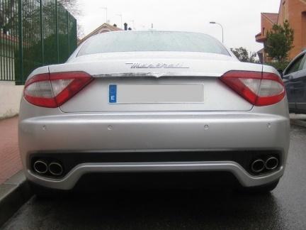 Maserati GranTurismo en la calle