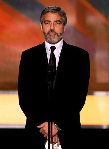 Cortes de pelo 2010: los peinados de los famosos. George Clooney