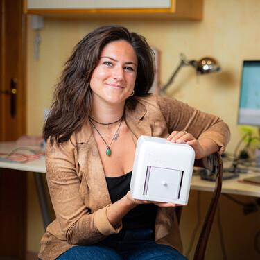 La ingeniera española Judit Giró de 24 años diseña un dispositivo para diagnosticar el cáncer de mama desde casa a través de la orina