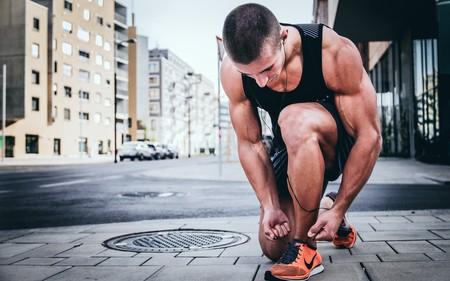 Running: cuántos días a la semana descansar del entrenamiento y cómo hacerlo para sacarle partido también al descanso