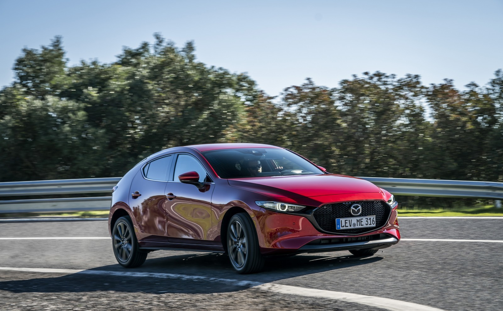Foto de Mazda3 2019 (67/128)