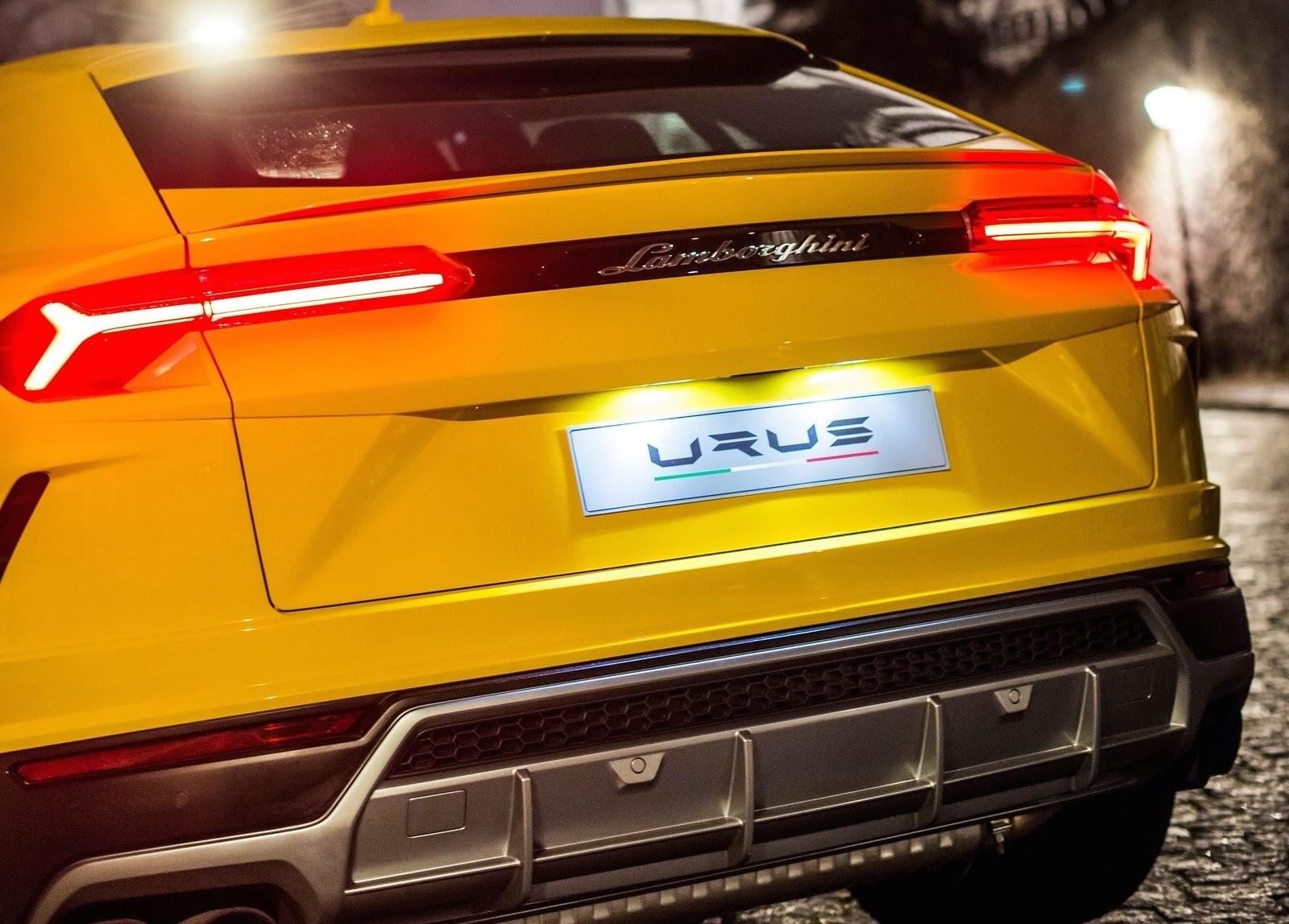 Foto de Lamborghini Urus (67/76)