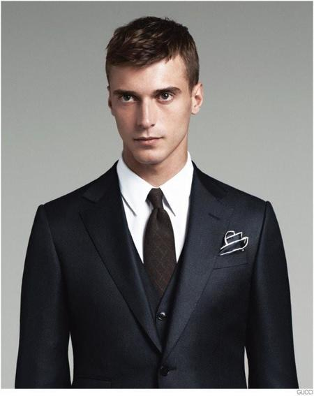 gucci-mens-tailoring-suit-collection-clement-chabernaud-002-800x1009.jpg