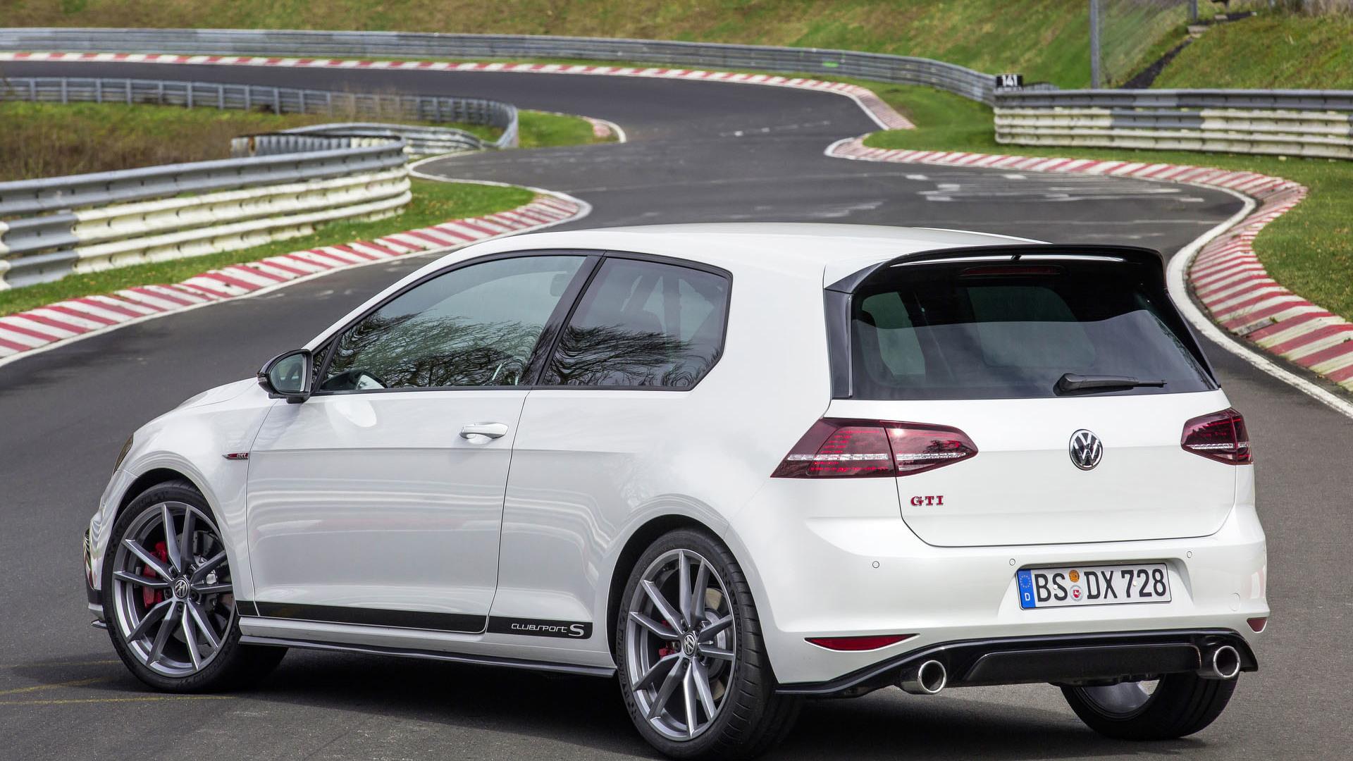 Foto de Volkswagen Golf GTI Clubsport S (24/36)
