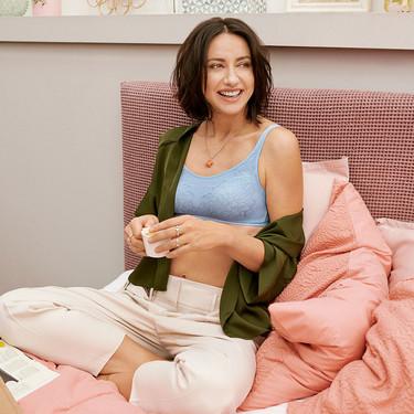 21 sujetadores bonitos y cómodos para estar en casa: copas extras blandas, de algodón y tops de estilo sport