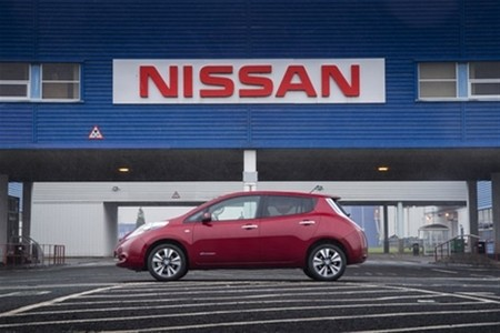 Nissan LEAF cargador gratuito