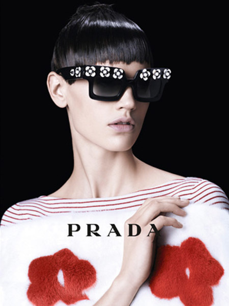 Steven Meisel firma la nueva campaña primavera-verano 2013 de Prada bajo el influjo de Mary Quant