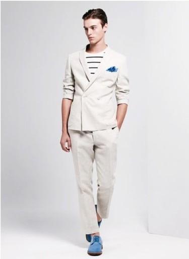 Asos ya piensa en clave primaveral y nos presenta su lookbook para la primavera-verano 2012