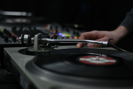 Las siete mejores aplicaciones de DJ para convertir tu Android en una mesa de mezclas