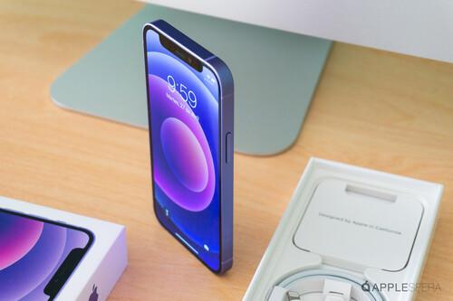 iPhone 12 mini en color púrpura, así es en imágenes